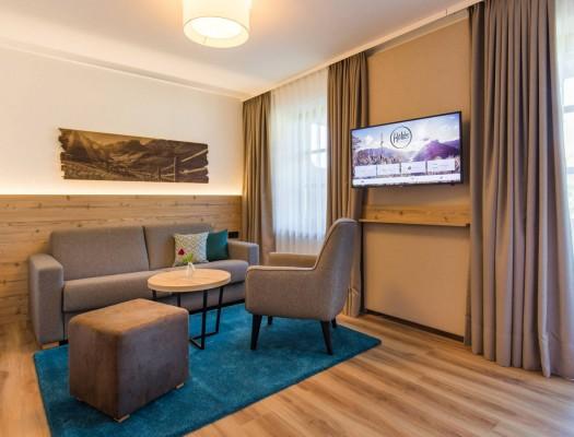 helds-vitalhotel-zimmer-sofa